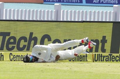 Kohli injury has India on the edge, scan reports awaited