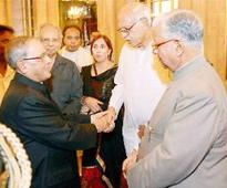 First citizen a busy host at Rashtrapati Bhavan