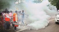 Kejriwal starts fogging drive, seeks joint effort by parties