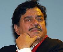 Shatrughan Sinha again floats Varun Gandhi's name as BJP's UP face