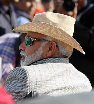 Cong's advise to PM: Look into your 'Karam Kundali'