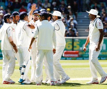 PHOTOS, DAY 1: India strike to restrict Australia
