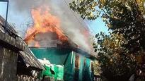 J&K: Mob burns down house of former sarpanch who was killed by terrorists, Mehbooba condemns incident