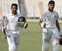 Defending champs Gujarat through to Ranji quarters