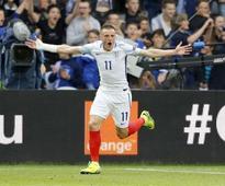 England caretaker boss Gareth Southgate backs Jamie Vardy to end goal drought