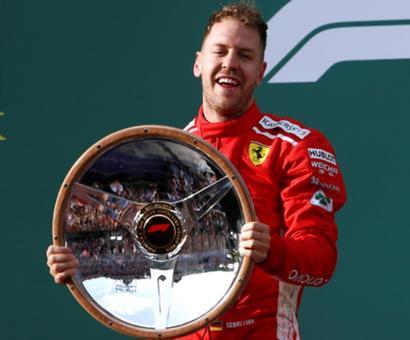 Australian GP: Opportunistic Vettel steals victory from Hamilton