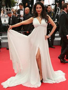 Mallika Sherawat to attend Cannes festival
