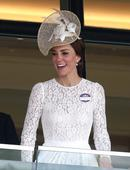 The Duchess Of Cambridge Shows Us How To Kiss In A Fascinator