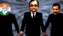 Kejriwal hires Chidambaram in SC, Congress calls him a hypocrite