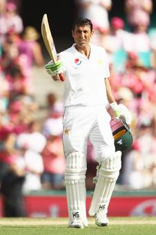 Younis Khan becomes first Pakistani and oldest to score 10000 Test runs