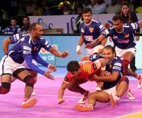 Live Pro Kabaddi League 2017, scores and updates: Dabang Delhi take on Gujarat Fortunegiants