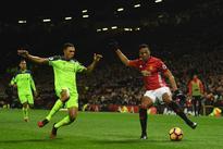 Jurgen Klopp lauds Liverpool starlet Trent Al...