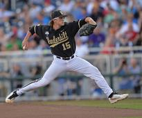 The White Sox will call up prospect Carson Fulmer