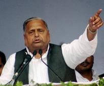 Mulayam asks leaders to ensure SP candidates victory in bypoll