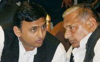 Akhilesh Yadav meets father Mulayam Singh, rekindles hopes of patch-up