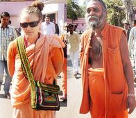 Woman From Finland Proposed Marriage To 70-Year-Old Sadhu Mahant After Falling In Love With Him