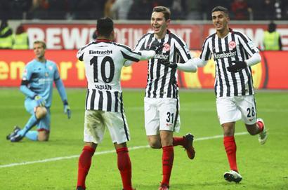 Bundesliga: Dortmund stumble against Augsburg, Eintracht win again