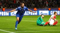 Champions League: Gonzalo Higuain double sends Juventus close to final