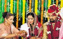 Kabir Bedi marries long-time partner Parveen Dusanj on his 70th birthday!