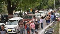 Tourist rush leads to massive traffic jams on route to Nainital