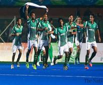 Awais downs India to clinch SAG hockey gold for Pakistan