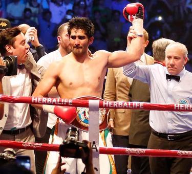 Vijender hints at showdown with Amir Khan