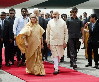 Modi lays out red carpet for Hasina, but no Teesta pact