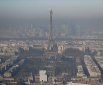 Paris bans cars registered before year 2000 in bid to combat city pollution