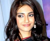 Sonam Kapoor to visit London before Cannes