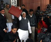 CBI raids and the empire of Lalu-Rabri: Easy task for agency to establish link and nail Yadavs