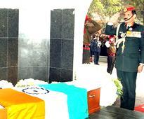 Nation pays tribute to Siachen braveheart Lance Naik Hanamanthappa