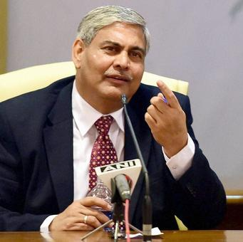 I'm not capable of implementing Lodha panel reforms: Manohar