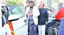 Athawale announces first list, says RPI contesting alone will help BJP