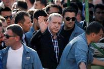 At height of Turkish coup bid, rebel jets had Erdogan's plane in their sights