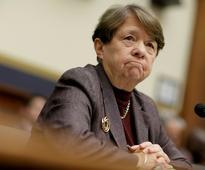 In parting words, SEC's White calls for regulator to avoid political meddling