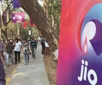 Mukesh Ambani's RIL may be planning to list Reliance Jio next year