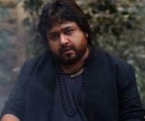 Actor Nadeem Jafri robbed in Karachi, demands security