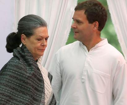 Trouble for Gandhis as Delhi HC orders I-T probe in National Herald case