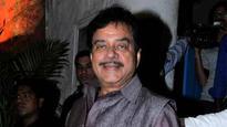 Shatrugan Sinha asks Nitish Kumar and Lalu Yadav to resolve differences for benefit of Bihar