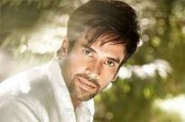 Tusshar was to debut with 'Kabhi Khushi Kabhie Gham'