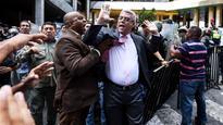 Venezuela lets anti-Maduro vote advance 7hr