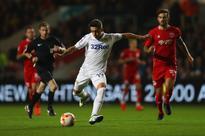 Pablo Hernandez hails Leeds fans after securi...