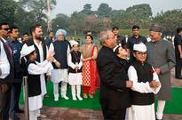 Rahul Gandhi, Pranab Mukherjee, others pay tribute to Pandit Nehru