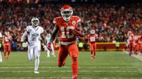 Chiefs defeat Raiders to take control of AFC West