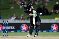 Martin Guptill's 180* helps NZ level series vs SA