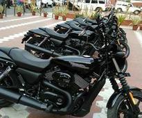 Kolkata Police inducted brand new Harley-Davidson Street 750 into their fleet