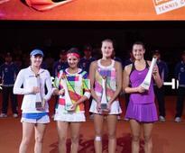 Top seeds Sania Mirza and Martina Hingis fall in final ...