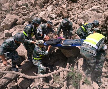 7-magnitude quake kills 19 in China, injures over 250