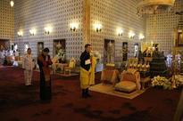 King of Bhutan pays respects to HM King Bhumibol