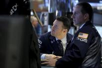 Wall St. ends lower on energy weakness